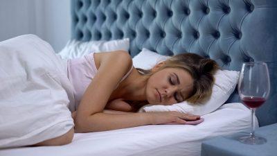 Schlafprobleme durch Alkohol